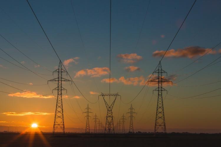 Torres de distribución eléctrica.