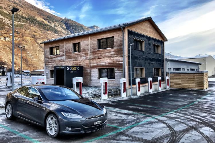 Estación de carga de Tesla.